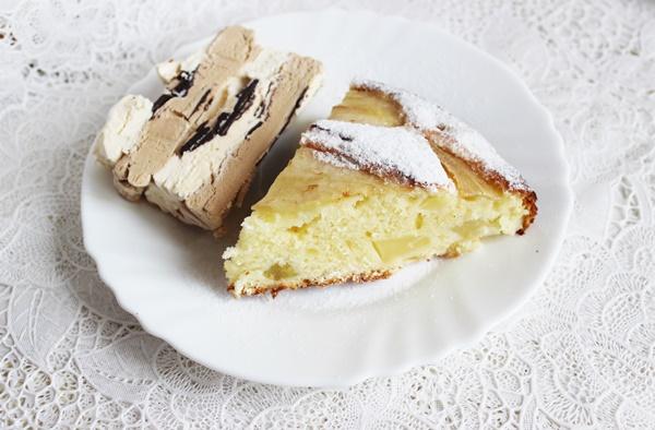 Citrininis kriaušių pyragas